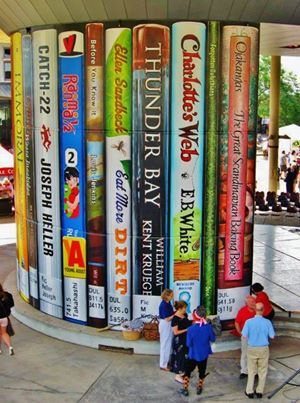 Giant books frame the entrance to the Duluth Public Library!